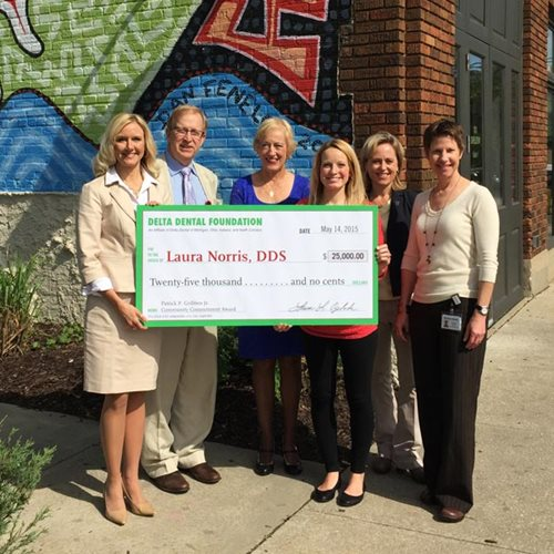 $125,000 in Delta Dental Foundation awards go to new dentists